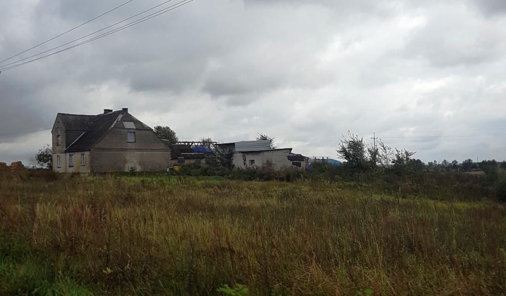 Czy rolnicy otrzymają środki na odbudowę budynku gospodarczego po nawałnicach?