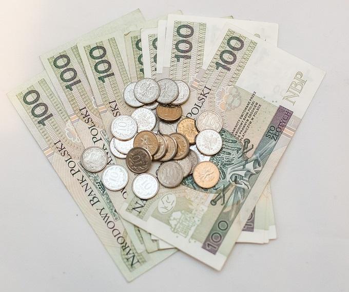 Dodatkowe roczne świadczenie pieniężne dla emerytów i rencistów